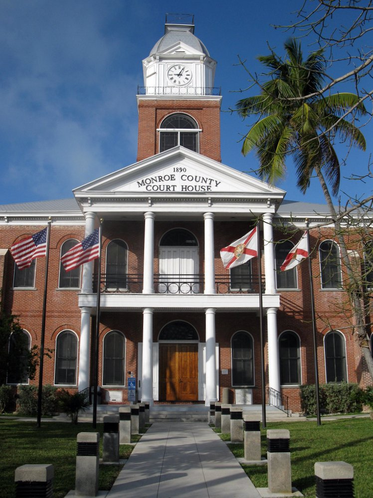 monroe county courthouse | Shoestring Weekends Blog